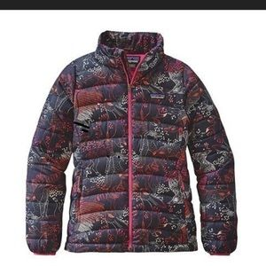 Girls Patagonia forest folklore down puffer jacket